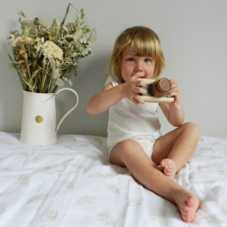 Grand lange Harlow beige feuilles coton bio organic cotton The reunion Paris France family friendly event